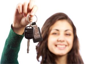 woman_donating_car